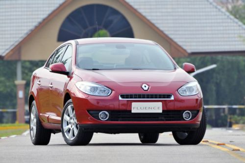 renault_fluence_f34_ns_120610_717